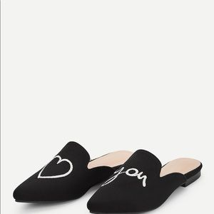 Shoes - HOST PICK 💝Pointed Toe Suede  Black Mules